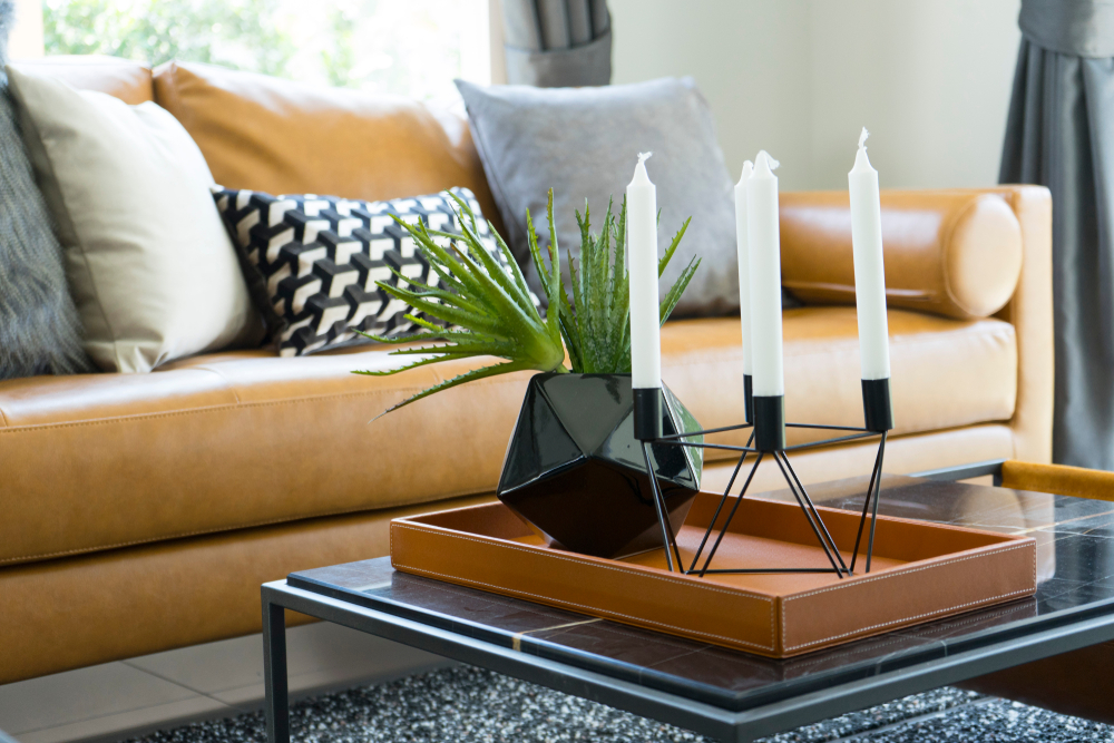Points to note when buying candle holders in the UAE